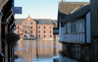 Flood advice for UK businesses